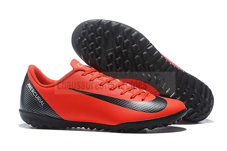 Nike Crampon De Foot Mercurial VaporX 12 Club TF Rouge