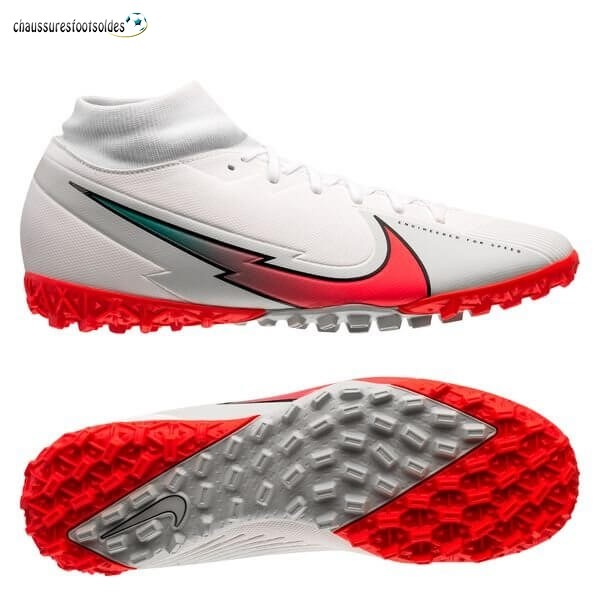 Nike Crampon De Foot Mercurial Superfly 7 Academy TF Flash Crimson Blanc