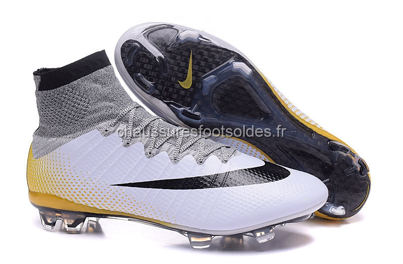 Nike Crampon De Foot Mercurial Superfly CR7 Enfants FG Blanc Noir